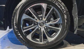 Toyota Land Cruiser 200 V8 full
